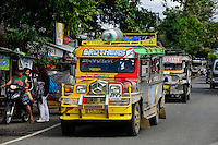 PHILIPPINEN, Ifugao Province, Cordilleras, Jeepney the publicc transport, a well decorated minibus build from old US army jeeps / PHILIPPINEN, Ifugao Province, Cordilleras, Jeepney das lokale Transportmittel