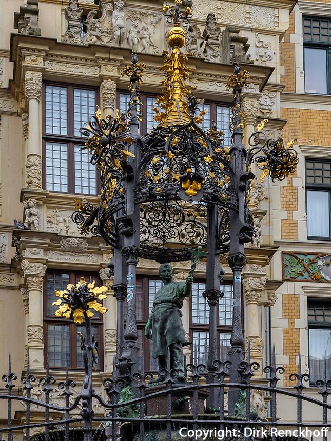 Oscar-Winter-Brunnen + Leibniz-Haus, am Holzmarkt in Hannover, Niedersachsen, Deutschland, Europa<br /> Oscar-Winter-fountain and Leibniz-House at Holzmarkt, Hanover, Lower Saxony, Germany, Europe