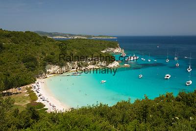 Greece, Ionian Islands, Antipaxos: Voutoumi beach   Griechenland, Ionische Inseln, Andipaxos (Antipaxos): Voutoumi beach