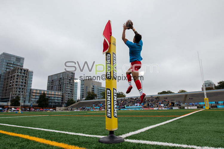 Picture by Kevin Sousa/SWpix.com - 07/10/2018 - Rugby League - Betfred Super League - The Qualifiers - Million Pound Game - Toronto Wolfpack v London Broncos - Lamport Stadium, Toronto, Canada - Kieran Dixion of the London Broncos warms up prior to the match.