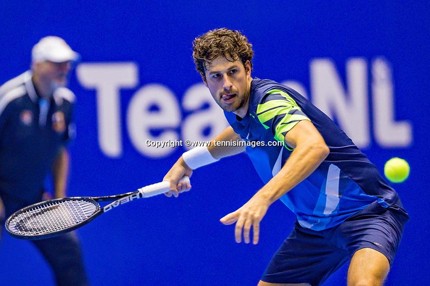 Rotterdam, Netherlands, December 17, 2017, Topsportcentrum, Ned. Loterij NK Tennis, Final man's single: Robin Haase (NED)<br /> Photo: Tennisimages/Henk Koster