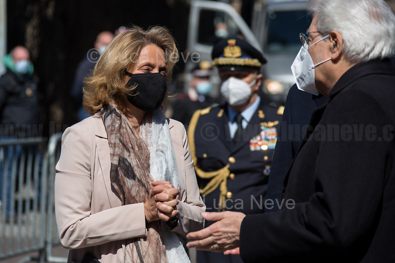 Sergio Mattarella, President of the Italian Republic and Noemi Di Segni, President of the United Italian Jewish Communities. <br /> <br /> Rome, Italy. 24th Mar, 2021. Today, Citizens of Rome, Antifascists, various organizations, Institutions and the President of the Italian Republic, Sergio Mattarella, pay tribute to the victims of the Fosse Ardeatine massacre in which, 77 years ago, on the 24th March 1944, 335 people were assassinated by the nazi-fascist occupation troupes in Rome. It was one of the most atrocious massacre perpetrated during World War II for retaliation against the Resistance and the Civilians.    <br /> <br /> Footnotes & Links:<br /> (Source, Treccani.it ITA) http://bit.do/fPZXL <br /> (Source, Jewishvirtuallibrary.org ENG) http://bit.do/fPZXu<br /> (Source, Wikipedia.org ENG) http://bit.do/fPZXW <br /> Today's Events: https://www.facebook.com/events/4526526500707783/ & https://www.facebook.com/events/1096587897511737/
