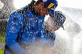 #86 Meyer Shank Racing w/ Curb-Agajanian Acura NSX GT3, GTD: Mario Farnbacher, Trent Hindman, Champange, Celebration