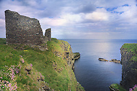 SC - Prov. SUTHERLAND<br /> Crumbling ruins of Old Castle of Wick<br /> <br /> Full size: 69,2 MB