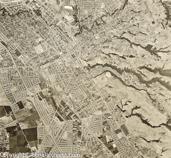 historical aerial photograph Hayward, Alameda county, 1958