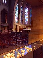 In der gotischen Kathedrale Notre Dame, Luxemburg-City, Luxemburg, Europa, UNESCO-Weltkulturerbe<br /> Inside Gothic cathedral Notre Dame, Luxembourg, Luxembourg City, Europe, UNESCO world heritage