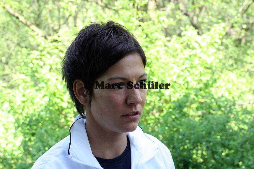 Linda Bresonik<br /> Pressegespraech mit Melanie Behringer, Famire Bajramaj und Linda Bresonik *** Local Caption *** Foto ist honorarpflichtig! zzgl. gesetzl. MwSt. Auf Anfrage in hoeherer Qualitaet/Aufloesung. Belegexemplar an: Marc Schueler, Am Ziegelfalltor 4, 64625 Bensheim, Tel. +49 (0) 151 11 65 49 88, www.gameday-mediaservices.de. Email: marc.schueler@gameday-mediaservices.de, Bankverbindung: Volksbank Bergstrasse, Kto.: 151297, BLZ: 50960101