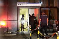 Campinas (SP), 26/11/2020 - Politica - A Polícia Militar apreendeu cerca de 500 panfletos apócrifos - de autor desconhecido, que estavam sendo distribuídos na Rua 13 de Maio, em Campinas (SP) nesta quinta-feira (26). O panfleto acusa o candidato a prefeito Dário Saadi (Republicanos) de participar de uma negociação de compra de testes roubados de covid-19, mas ele não é investigado por isso.<br /> Dois homens estavam fazendo a distribuição deste cartazes na Rua 13 de Maio, com o conteúdo que já foi proibido pela Justiça - o candidato Rafa Zimbaldi (PL) chegou a usar a mesma informação em uma propaganda eleitoral, mas teve que retirar do ar.<br /> O material foi apreendido e levado à sede da PF (Polícia Federal). Os dois homens foram liberados.
