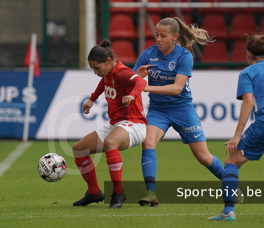 Genk's Britt Labro (17) and Standard's Noemie Gelders (10)(with the ball) in action during a female soccer game between Standard Femina de Liege and KRC Genk Ladies  on the third matchday of the 2020 - 2021 season of Belgian Womens Super League , Saturday 3 rd of October 2020  in Liege , Belgium . PHOTO SPORTPIX.BE | SPP | SEVIL OKTEM