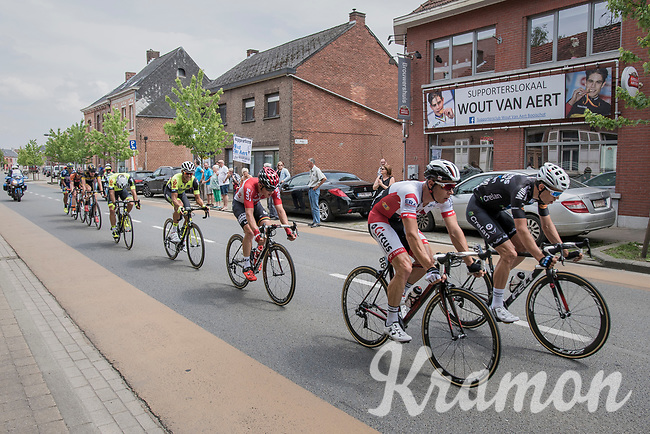 Wout Van Aert (BEL/Willems Veranda's - Crelan) rolling by his fan-clubhouse in the race leading group<br /> <br /> 10th Heistse Pijl 2017