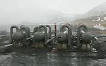 Foto: VidiPhoto..REIJKJAVIK - In IJsland staat de grootste elektriciteitscentrale van de wereld die op aardwarmte draait, de Nesjavellir. Deze produceert 90 MW aan elektriciteit en voorziet 40.000 inwoners van IJsland aan warmte. In heel IJsland is 17 procent van de electriciteitsproductie afkomstig van aardwarmte en verwarmt het 87 procent van de IJslandse huishoudens.