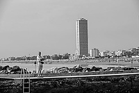 cesenatico, grattacielo spaiggia e molo
