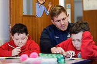 Pictured: Wednesday 29 January 2020<br /> Re: Swansea City AFC Community Trust visit Llangyfelach primary School in Swansea, Wales, UK.