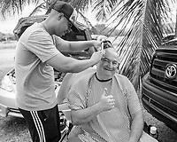 Barbero de Salinas #barber #barbero #streets #streetphotography #salinas #puertorico #documentaryphotography