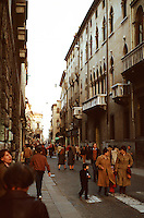 Vicenza:  Corso Andrea Palladio.  Street scene.  Photo '83.