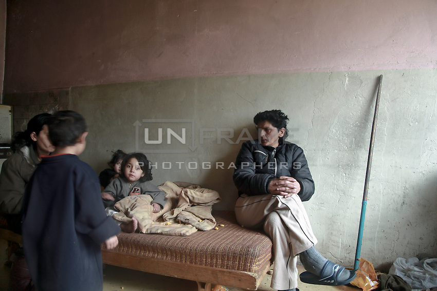 The residence of Lunik IX, a family talking about politics and the issues of the Roma in Lunik IX.