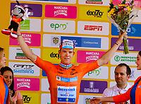 MEDELLIN - COLOMBIA, 15-02-2019: Bob JUNGELS (LUX), Deceuninck - Quick Step Floors (BEL), celebra como líder de la calsificación general después de la cuarta etapa del Tour Colombia 2.1 2019 con un recorrido de 144 Km, que se corrió con salida y llegada en el estadio Atanasio Girardot de la ciudad de Medellín. / Bob JUNGELS (LUX), Deceuninck - Quick Step Floors (BEL), celebrates as overal leader after the fourth stage of 144 km of Tour Colombia 2.1 2019 that ran with start and arrival in Atanasio Girardot stadium in Medellin city.  Photo: VizzorImage / Anderson Bonilla / Cont