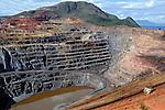 Mineração de ferro da Compania Siderurgica Nacional, Mina Casa de Pedra. Congonhas. Minas Gerais. 2008. Foto de Ricardo Azoury.