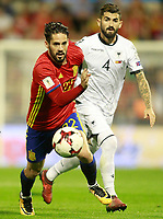 Spain's Isco Alarcon (l) and Albania's Elseid Hysaj during FIFA World Cup 2018 Qualifying Round match. October 6,2017.(ALTERPHOTOS/Acero) /NortePhoto.com /NortePhoto.com