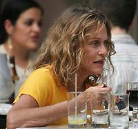 New York City<br /> CelebrityArchaeology.com<br /> 2004 FILE PHOTO<br /> Lauren Hutton<br /> Photo By John Barrett-PHOTOlink.net / MediaPunch<br /> -----