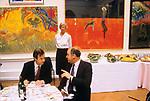Royal Academy Summer Exhibition, Burlington House British amateur professional art show London. business lunch for sponsors 1980s 1984