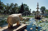 Brunnen im Saheliyon ki Bari in Udaipur (Rajasthan), Indien