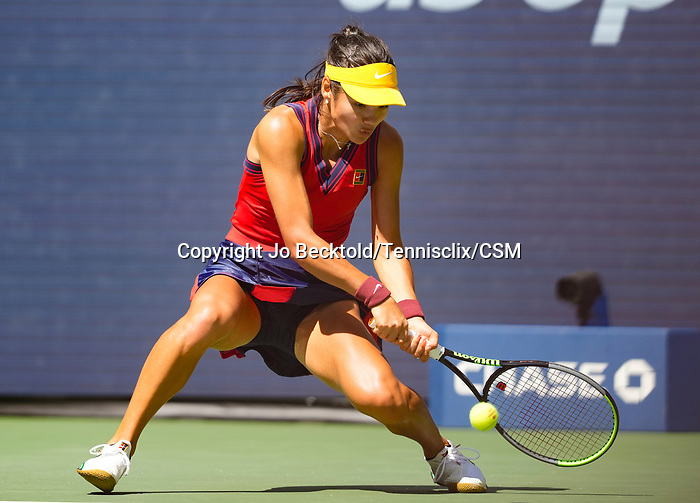 September  8, 2021:  Emma Raducanu (GBR) defeated Belinda Bencic (SUI) 6-3, 6-4, at the US Open being played at Billy Jean King Ntional Tennis Center in Flushing, Queens, New York / USA  ©Jo Becktold/Tennisclix/CSM/CSM