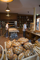 "Europe/France/Aquitaine/33/Gironde/Pauillac: Boulangerie ""Au Baba au Rhum"" au hameau de Bages"