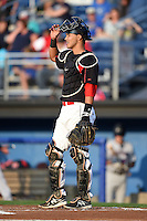 Batavia Muckdogs catcher Brad Haynal (16) during a game against the Mahoning Valley Scrappers on August 22, 2014 at Dwyer Stadium in Batavia, New York.  Mahoning Valley defeated Batavia 2-1.  (Mike Janes/Four Seam Images)