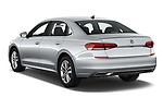 Car pictures of rear three quarter view of 2020 Volkswagen Passat SE 4 Door Sedan Angular Rear