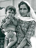 Mutter und Kind, Indien 1970