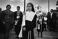 - traditional celebrations of the Easter, procession of Holy Friday in Barcellona Pozzo di Gotto (April 1983)<br /> <br /> - celebrazioni tradizionali della Pasqua, processione del Venerdì Santo a Barcellona Pozzo Di Gotto (aprile 1983)