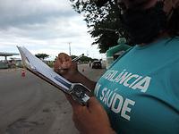 27/03/2021 - BARREIRA SANITÁRIA É MONTADA EM PORTO DE GALINHAS