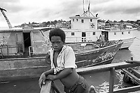 - Nicaragua, landing place of boats in the city of Bluefields, on the Atlantic coast (January 1988)<br /> <br /> - Nicaragua, approdo dei battelli nella città di Bluefields, sulla costa Atlantica (Gennaio 1988)