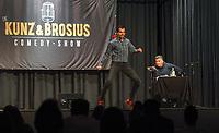 Gross-Gerau 19.09.2020: Comedy Abend in der Stadthalle<br /> Luca Brosius tritt mit Peter Kunz im gemeinsamen Comedy-Programm auf<br /> Foto: Vollformat/Marc Schüler, Schäfergasse 5, 65428 R'heim, Fon 0151/11654988, Bankverbindung KSKGG BLZ. 50852553 , KTO. 16003352. Alle Honorare zzgl. 7% MwSt.