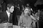 ANGELO INFANTI CON CLAUDIA CARDINALE<br /> SERATA DEL CINEMA AL BRIGADOON ROMA 1977
