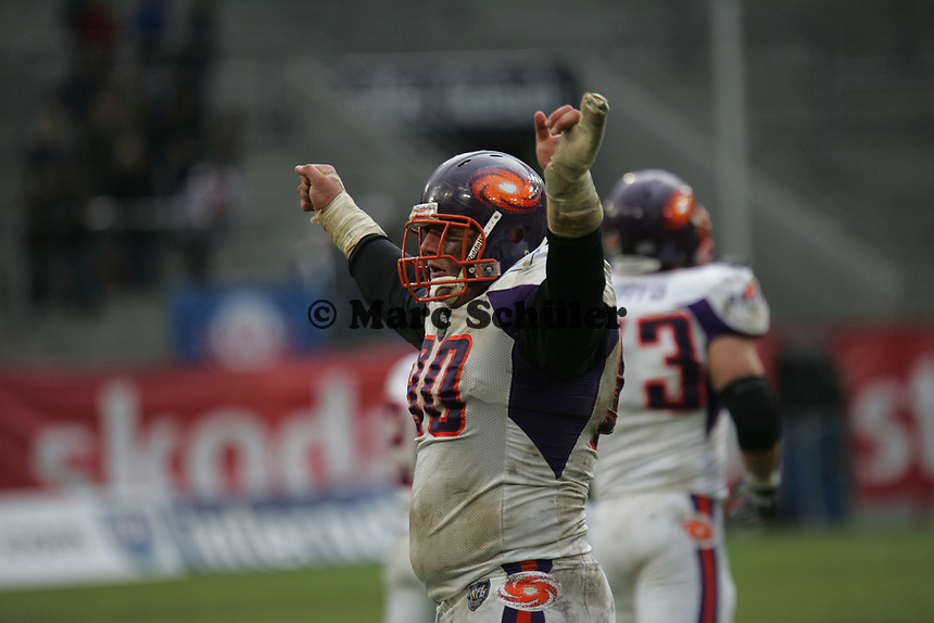 Siegesjubel Daniel Benetka (Defensive Tackle Frankfurt Galaxy)