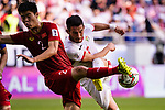 Yousef Rawshdeh of Jordan (R) fights for the ball with Do Duy Manh of Vietnam (L) during the AFC Asian Cup UAE 2019 Round of 16 match between Jordan (JOR) and Vietnam (VIE) at Al Maktoum Stadium on 20 January 2019 in Dubai, United Arab Emirates. Photo by Marcio Rodrigo Machado / Power Sport Images