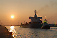 - oil tanker ship entering in harbor....- nave petroliera entra in porto