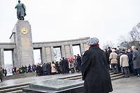 2015/02/23 Berlin | Tag des Befreiers des Vaterlandes | Sowj. Ehrenmal