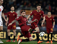 Calcio, Serie A: AS Roma - Torino Roma, stadio Olimpico, 9 marzo, 2018.<br /> Roma's captain Daniele De Rossi (c) scores during the Italian Serie A football match between AS Roma and Torino at Rome's Olympic stadium, 9 marzo, 2018.<br /> UPDATE IMAGES PRESS/Isabella Bonotto