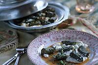 """Europe et Asie /Turquie/Istanbul: Restaurant """"Zeyrekhane"""" Quartier Unkapani - Feuilles de Vignes farcies à la Viande """"Etli Yaprak Dol Masi"""""""