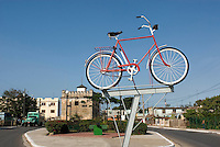 Cuba, Fahrrad-Denkmal in Cardenas, Provinz Mantanzas