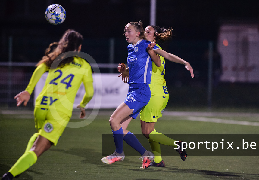 Lisa Petry (9) of KRC Genk and Silke Vanwynsberghe (21) of AA Gent pictured during a female soccer game between  Racing Genk Ladies and AA Gent Ladies ,  on the 6 th  matchday of the 2021-2022 season of the Belgian Scooore Womens Super League , friday 8 october 2021  in Genk , Belgium . PHOTO SPORTPIX | JILL DELSAUX