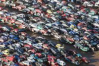 Schrottplatzt: EUROPA, DEUTSCHLAND, NIEDERSACHSEN, LINTIG  (EUROPE, GERMANY),  Auto-Schrottplatz. - Aufwind-Luftbilder - Stichworte: Abwrackpraemie, Umweltpraemie, Altmetall, Autohalde, Autorecycling, Autowracks, DEU, Deutschland, Luftaufnahme, luftbild, Luftfotografie, Recycling, Schrott, schrottplatz, Schrottverwertung, Uebersicht, Vogelperspektive, Wiederverwertung, Auto, Autos, Autoschrottplatz, Verwertung .