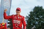 #8: Marcus Ericsson, Chip Ganassi Racing Honda   winnwer podium