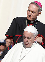 Papa Francesco e Monsignor Georg Gaenswein al termine dell'udienza generale del mercoledi' in Piazza San Pietro, Citta' del Vaticano, 12 ottobre 2016.<br /> Pope Francis and Monsignor Georg Gaenswein leave at the end of his weekly general audience in St. Peter's Square at the Vatican, 12 October 2016.<br /> UPDATE IMAGES PRESS/Isabella Bonotto<br /> <br /> STRICTLY ONLY FOR EDITORIAL USE