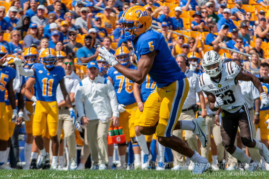 Pitt wide receiver Jared Wayne (5). The Western Michigan University Broncos defeated the Pitt Panthers 44-41 at Heinz Field, Pittsburgh, Pennsylvania on September 18, 2021.