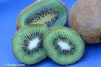 TU03-002e  Kiwi fruit cut in half to show seeds
