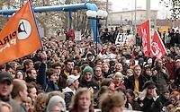 Studentenproteste gegen Zustand und Form des Deutschen Bildungssystems an den Hochschulen und Universitäten. Foto: Norman Rembarz....Norman Rembarz , ( ASV-Autorennummer 41043728 ), Holbeinstr. 14, 04229 Leipzig, Tel.: 01794887569, Hypovereinsbank: BLZ: 86020086, KN: 357889472, St.Nr.: 231/261/06432 - Jegliche kommerzielle Nutzung ist honorar- und mehrwertsteuerpflichtig! Persönlichkeitsrechte sind zu wahren. Es wird keine Haftung übernommen bei Verletzung von Rechten Dritter. Autoren-Nennung gem. §13 UrhGes. wird verlangt. Weitergabe an Dritte nur nach  vorheriger Absprache...GPS:  Länge - .            Breite -